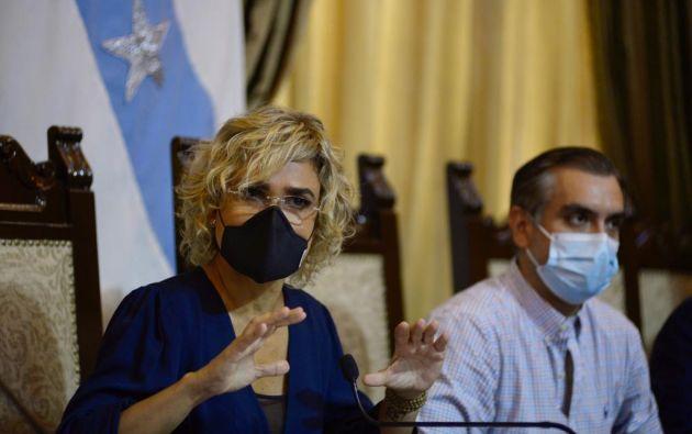 """""""A partir de ahora contaremos las personas fallecidas por día en Guayaquil"""", dijo Viteri. Foto: API"""