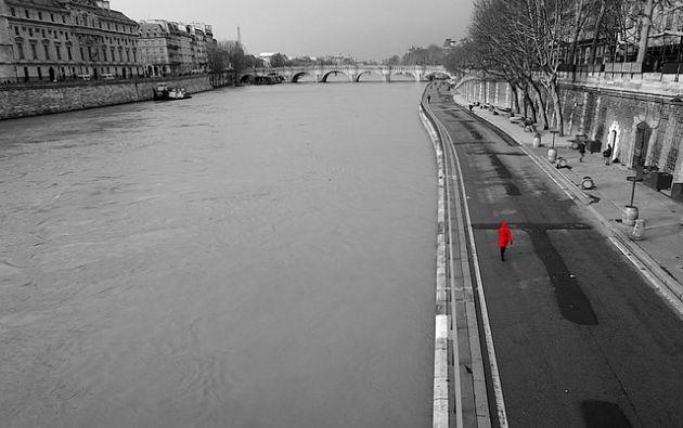 La policía francesa encontró el cadáver de la joven a un metro de profundidad en el río Sena, y los adolescentes fueron detenidos. Foto: Pixabay.