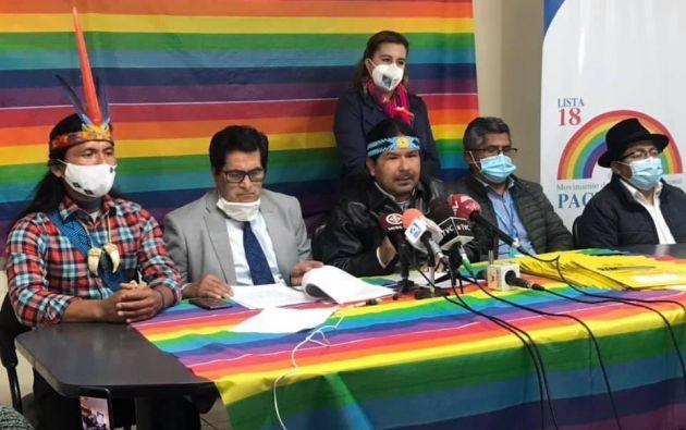 """""""En la agenda están las luchas, no queda descartada la lucha en las calles"""", dijo Santi."""