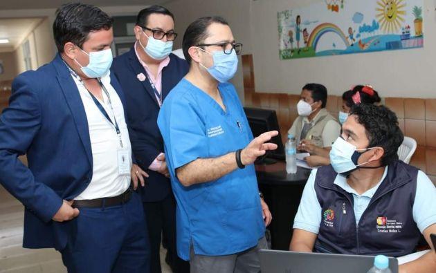 Falconí se quejó este martes, en una comparecencia pública en Guayaquil, del plan de vacunación que encontró en su cartera.