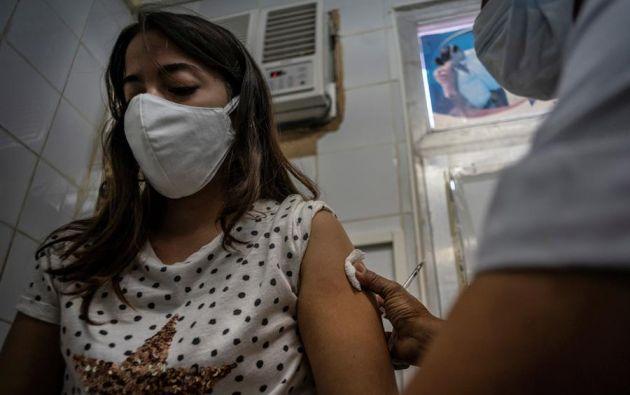 """""""Soberana 02"""" y """"Abdala"""" son los candidatos vacunales que prueba la isla."""