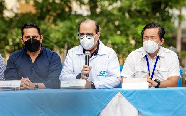 El coordinador de Epidemiología, Carlos Farhat, este lunes 5 de abril. Foto: Municipio de Guayaquil