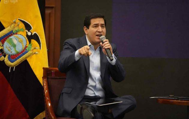 Fernando Villavicencio explicó las irregularidades en la salida de Arauz del BCE.
