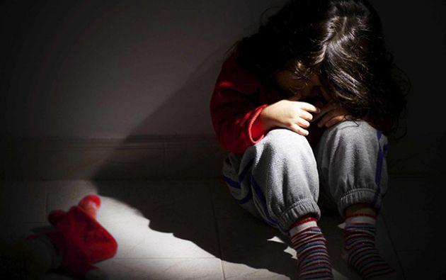 La madre de las menores informó a la policía que se habían encontrado incomunicadas y amenazadas por su pareja, Octavio V. V., de 39 años