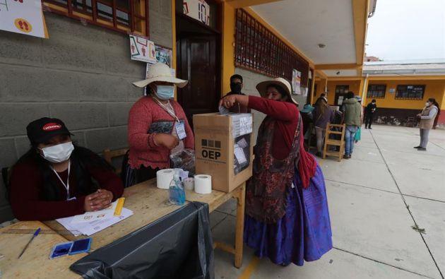 Cuatro departamentos de Bolivia celebran este domingo la segunda vuelta de las elecciones subnacionales. Foto: Efe.