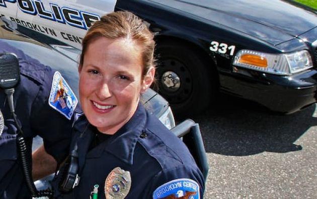 Potter ha trabajado 26 años en el departamento de policía y que, tras el incidente, fue puesta bajo licencia administrativa estándar.