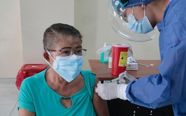 En total, Ecuador cuenta con 1.553.280 vacunas de las 3 farmacéuticas autorizadas. Foto: Cortesía
