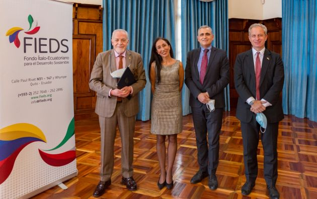 """La Cancillería y la Embajada de Italia en Ecuador presentaron la """"Convocatoria Ambiental FIEDS 201""""."""