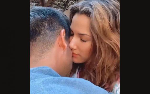 Alejandra recolectó videos y notas de voz que se envió con el actor durante este tiempo de cuarentena, en donde se evidencian los planes de un futuro juntos.