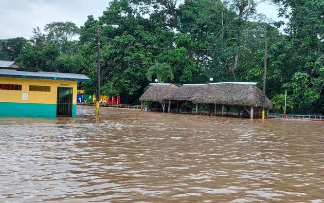 En Puerto Misahuallí se reportó el desborde del río Napo.