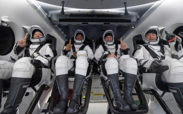 La cápsula Crew Dragon amerizó a primera hora del domingo.