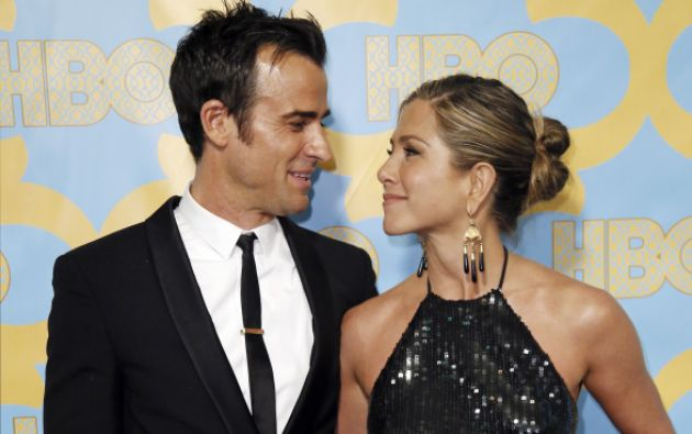 La actriz Jennifer Aniston con Justin Theroux. Foto: REUTERS