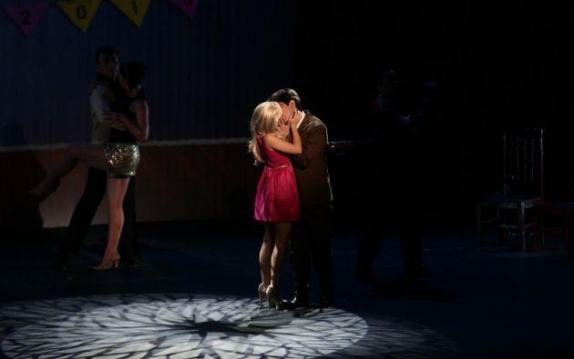 Lucía y Damián reconocen su amor.