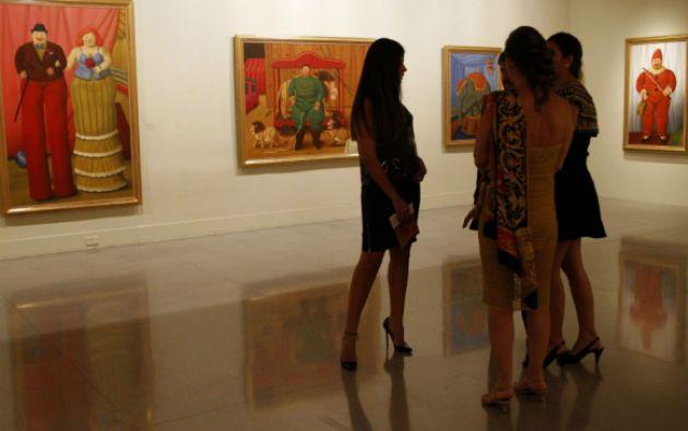 La exposición está compuesta por 32 óleos y 20 dibujos. Foto: REUTERS