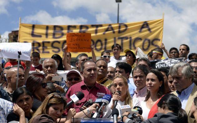En la manifestación también estuvo la esposa de Leopoldo López, Lilian Tintori. Foto: AFP