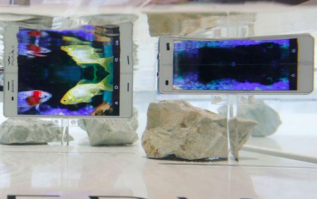 Sony puso a prueba sus modelos de smartphones Xperia Aqua.