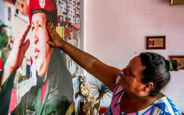 Hay quienes lo consideran Santo. Foto: AFP