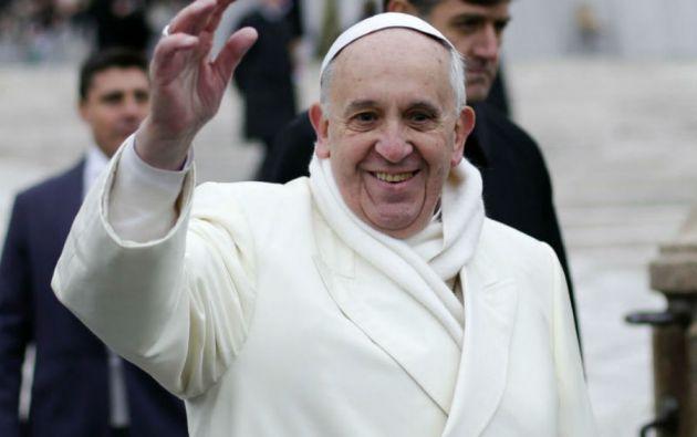 Jorge Mario Bergoglio Sívori nació el 17 de diciembre de 1936 en Buenos Aires.