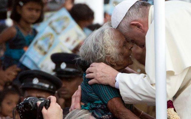 En un segundo viaje visitó Sri Lanka, donde hizo un llamado a la reconciliación y al respeto de los Derechos Humanos.