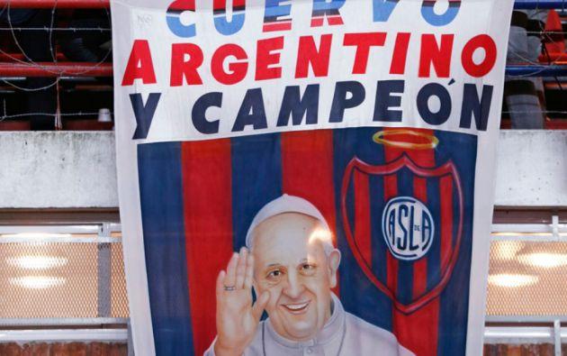 Hincha confeso de San Lorenzo de Almagro. Ese equipo le dedicó un campeonato local y la Copa Libertadores.