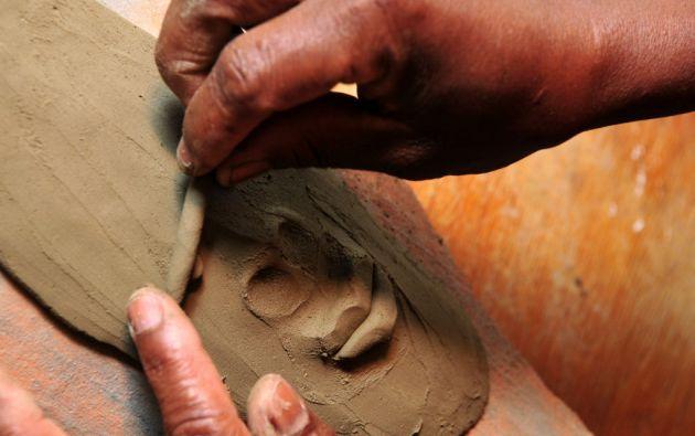 Como inspiración para sus obras, los habitantes de Mascarilla combinan su legado africano con el de sus vivencias en el Valle del Chota.
