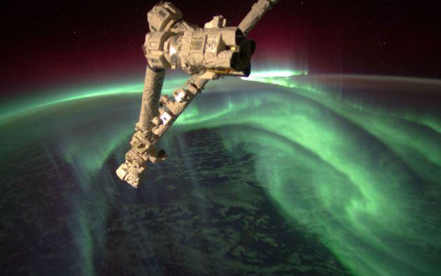 La tripulación la Estación Espacial Internacional grabó una serie de imágenes de la Aurora Austral (julio de 2012).