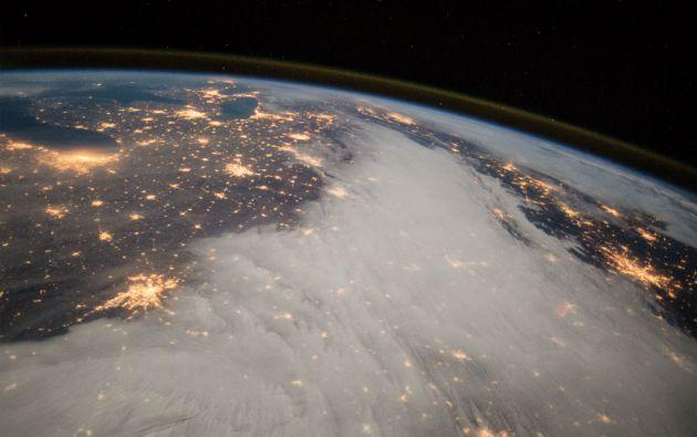 Una fotografía desde la Estación Espacial Internacional de los Grandes Lagos y el centro de EE.UU. (diciembre de 2014).
