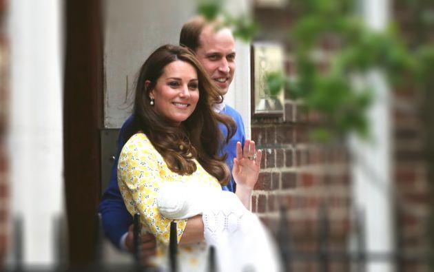 Catalina de Cambrigde, esposa del príncipe Guillermo. Recién dio a luz a su segundo hijo. El primero es un niño, Jorge, y ahora tiene una niña, Carlota.