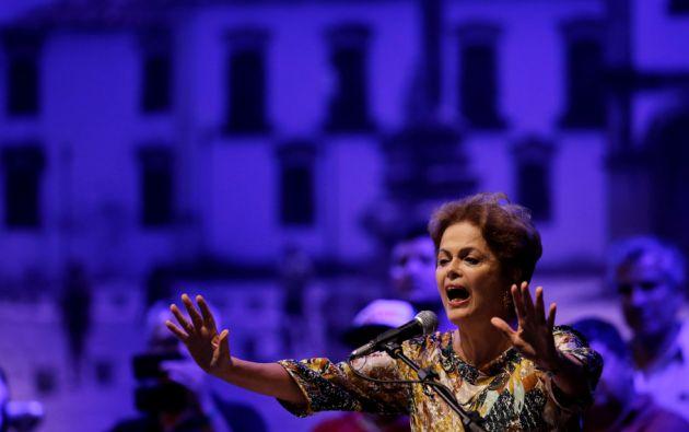 Actual presidenta de Brasil. Dilma Rousseff tiene una hija, Paula Rousseff.
