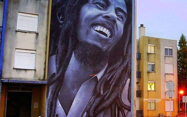 Falleció el 11 de mayo de 1981. Fue enterrado en un mausoleo en Nine Miles, Jamaica junto a una guitarra Gibson Les Paul, un retoño de marihuana, una pelota de fútbol y una Biblia.