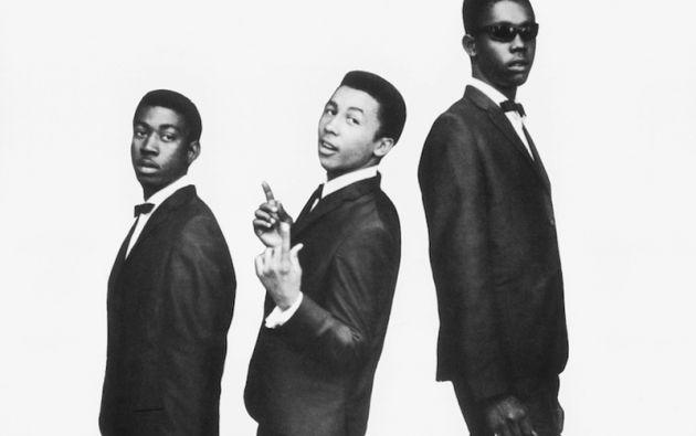 """En 1962 formó junto a sus amigos Bunny Wailer y Peter Tosh el grupo """"The Wailing Wailers"""", que triunfarían en Jamaica de la mano del productor musical Lesley Kong."""