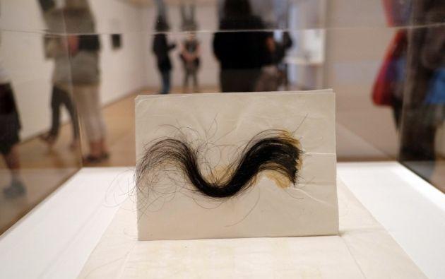 """Algunas de sus obras """"cuestionaban de manera radical la división entre arte y la vida diaria al pedir a los espectadores a que participaran en su finalización""""."""
