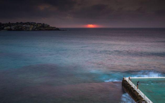La natación es un ritual de la mañana para mucha gente en Australia / ASSIMO RUMI
