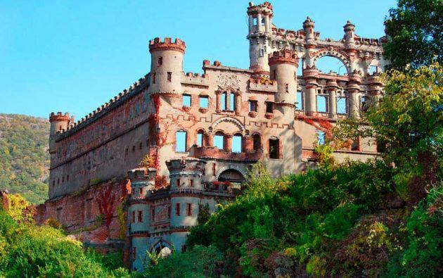 Castillo Bannerman. Isla Pollepel, Nueva York. snackish.com