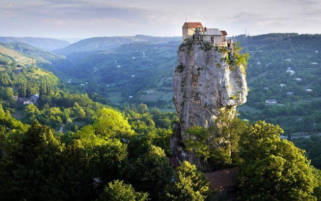 Pilar Katskhi, región de Imereti - Georgia.