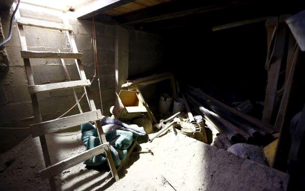 Materiales de construcción reposan aún en un área del túnel.