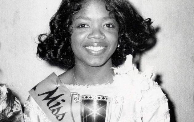 """OPRAH WINFREY. La reina de la televisión de Estados Unidos también fue """"Señorita Prevención de Incendios"""" en su natal Nashville (1971)."""