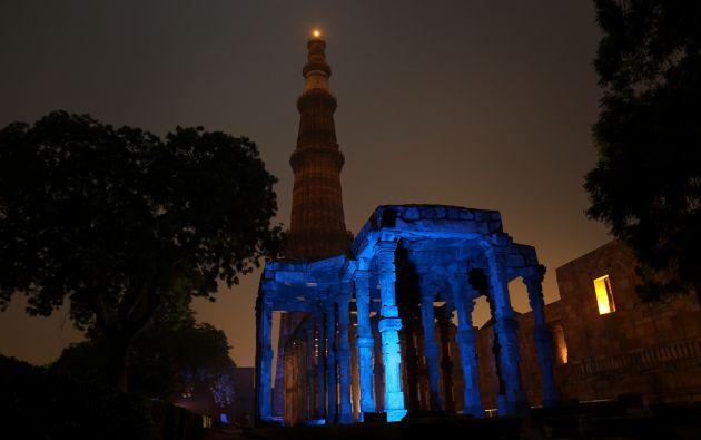 Qutub Minar de Nueva Delhi, India.