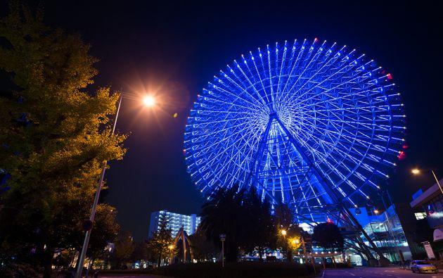 Rueda gigante Tempozan en Osaka, Japón.