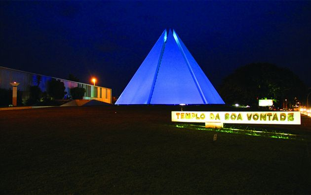 Templo Boa Vontade en Brasilia, Brasil.
