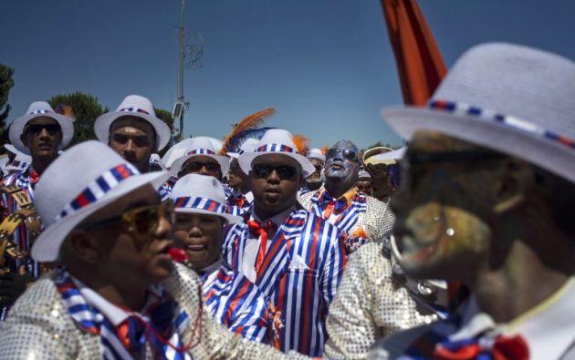 Se trata del carnaval de año nuevo, también conocido por el controvertido nombre de «Coon Carnival» que significa «carnaval de los negros».