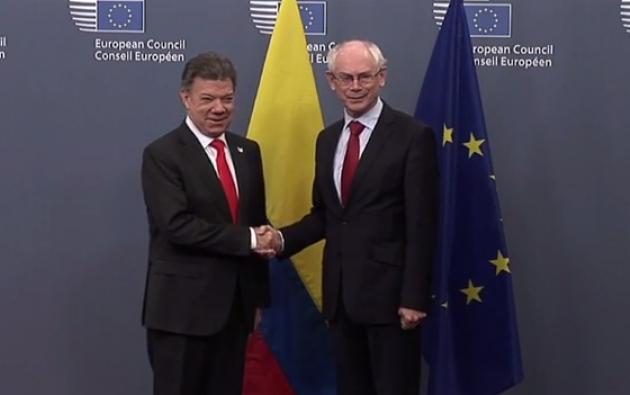 El presidente Juan Manuel Santos y Herman Van Rompuy, presidente del Consejo europeo (d).