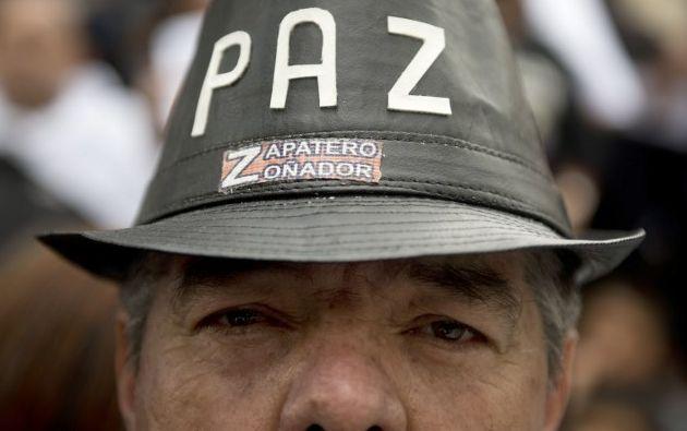 En Bogotá se realizó una marcha pacífica, el miércoles 19, por la paz. Foto: AFP