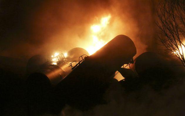 El incidente no dejó fallecidos; solo una persona fue trasladada a un centro hospitalario por inhalación de humo. Foto: REUTERS
