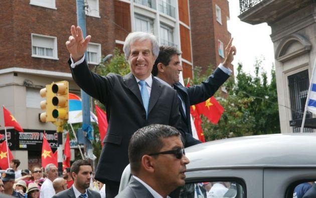 Tabaré recorriendo las calles de Uruguay. Foto: AFP