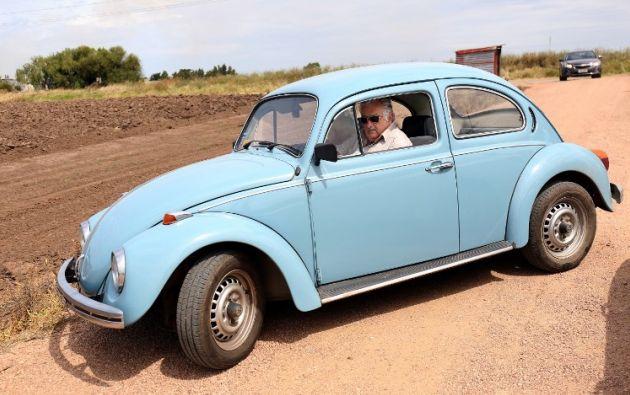 El Fusca color celeste de Mujica. Foto: AFP