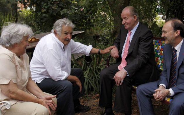 Parte de la grabación es el encuentro de Mujica con el rey Juan Carlos. Foto: AFP