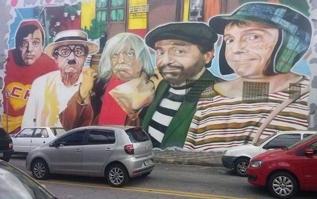 Un primer mural de Terra retrataba a personajes interpretados por Chespirito.