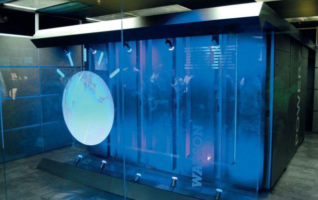 La súper computadora de IBM, Watson, es uno de los exponentes de computación cognitiva. Actualmente, está involucrada en proyectos de diversas áreas, entre ellas, la medicina.