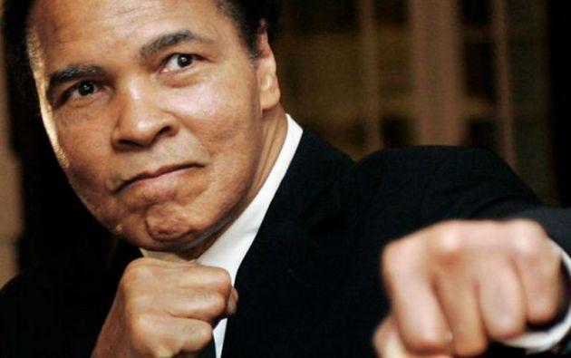 Muhammad Ali, excampeón de peso pesado y sin duda el más famoso púgil de la historia, sufrió 5 derrotas en 61 peleas.